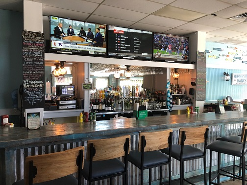 Hurricane Hanks is a Casual Restaurant With Great Food & Cocktails
